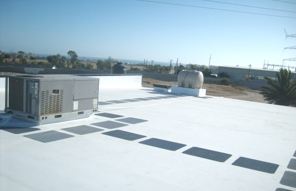 Roof Walkway Pad Amp In Addition The Pads Provide A Buffer
